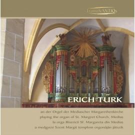 Erich Türk la orga bisericii Sf. Margareta din Mediaş